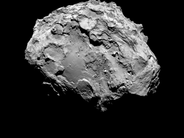 Comet on 3 August 2014 Comet 67P/Churyumov-Gerasimenko by Rosetta's OSIRIS narrow-angle camera on 3 August from a distance of 285 km. The image resolution is 5.3 metres/pixel. Credits: ESA/Rosetta/MPS for OSIRIS Team MPS/UPD/LAM/IAA/SSO/INTA/UPM/DASP/IDA